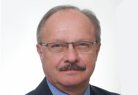 dr Kazimierz Dąbek